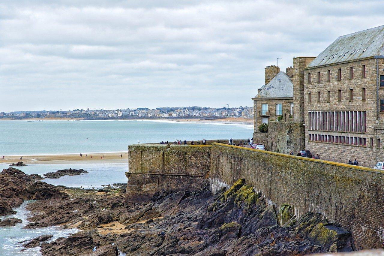 Où investir sur la côte d'Emeraude en Bretagne ?